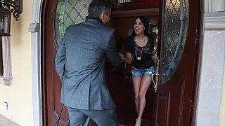 Anissa meeting her jewelry salesman