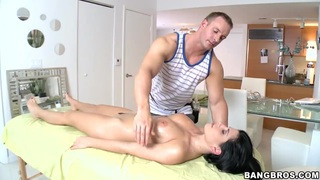 Rebeca Linares enjoying a sensual erotic massage