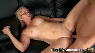 Annabelle Brady fucks young Michael Vegas