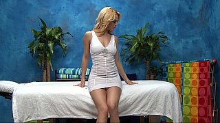 Massage girl Courtney