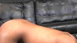 Shocking mean pimp roughs up his hoe