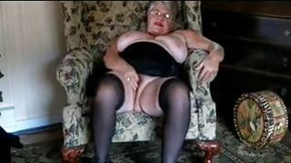 57 years old Eva masturbates in living room