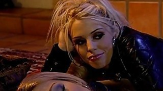 Jessica Drake and Tawny Roberts are horny slut