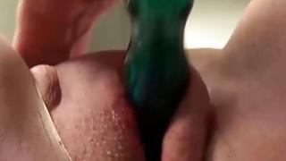 USAWives mature lady Jade solo masturbation