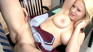 Teen cutie Ami Jordan gives her mate fab blowjob