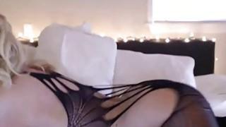 Amazing Good Looking Milf On Webcam