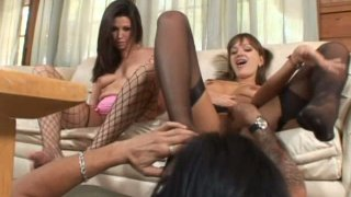 Real pros in footjob Nika Noire & Roxy Deville please a strong hot cock